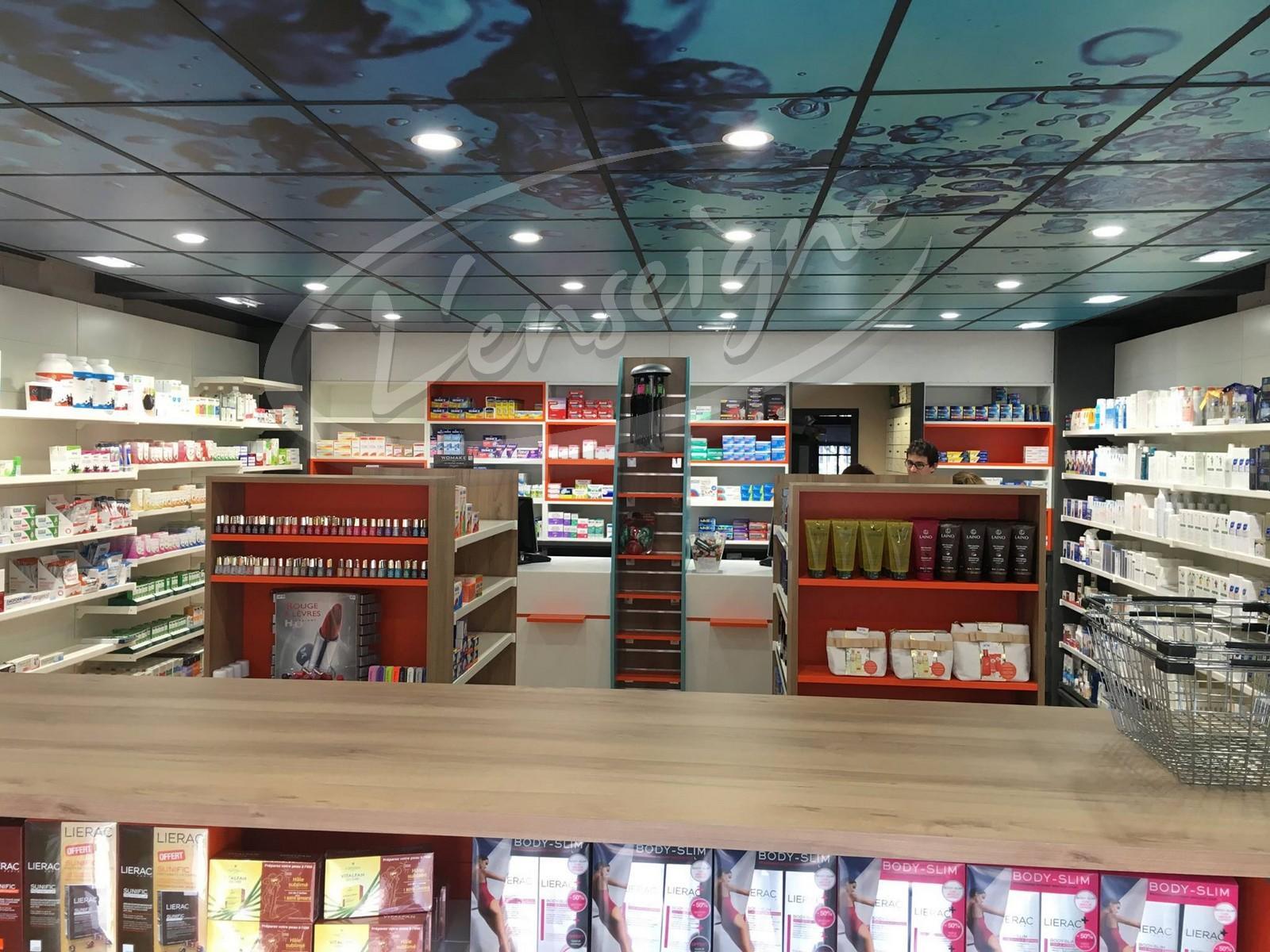 Decoration Interieure Pharmacie Port Grimaud L Enseigne