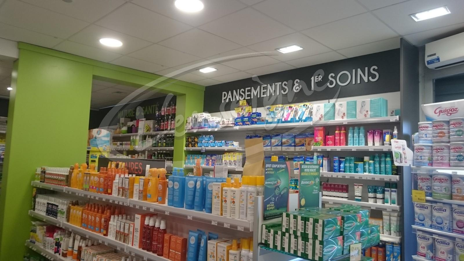 Realisation De La Decoration Interieure D Une Pharmacie Dans Le Var